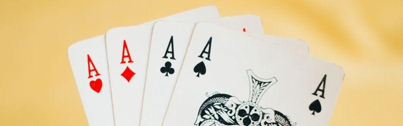 de bonnes cartes en main